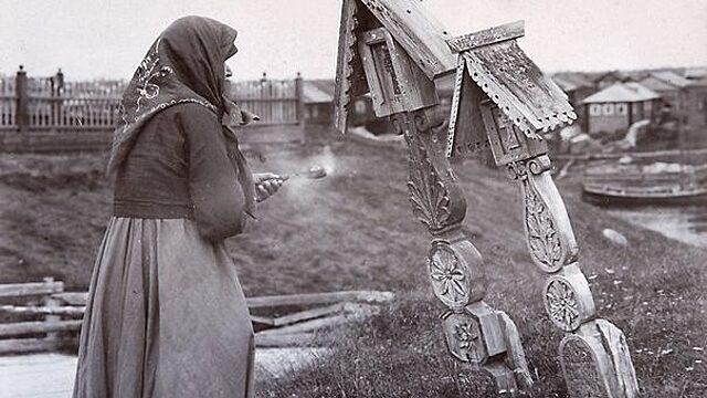 Класть икону в гроб: как появилась эта традиция