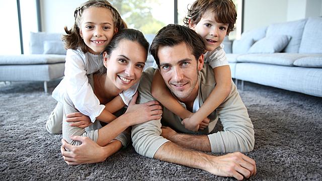 Психологи рассказали, зачем человеку нужна семья