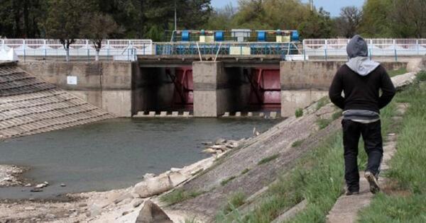 Прорвавшая дамбу вКрыму украинская вода оказалась российской