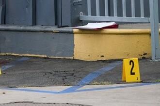 В магазине США мужчина застрелил женщину и ребенка