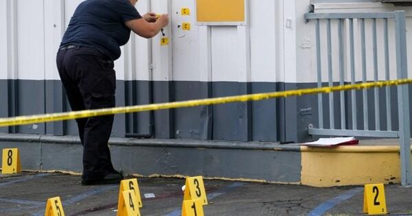 Вмагазине СШАмужчина застрелил женщину иребёнка