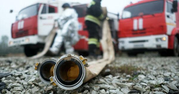 Горящая газель заехала впожарную часть ипопала навидео