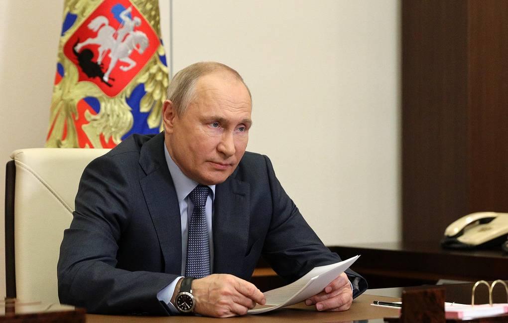 Путин заявил, что пандемия еще непреодолена, ноэкономика России восстанавливается