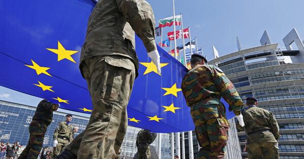 Европа задумалась осоздании военной миссии наУкраине из-за«активности» России
