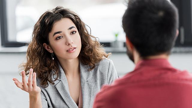Как влюбить в себя любого за короткий диалог