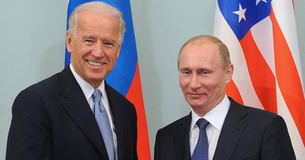 Швейцария пошла нажертвы ради Путина иБайдена