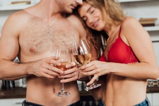 Ученые рассказали овлиянии алкоголя назачатие