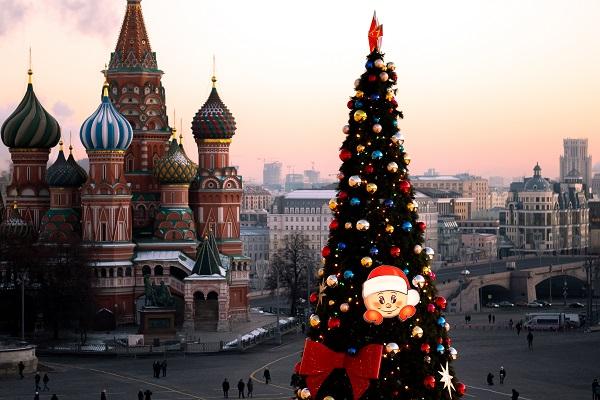 Названы города, которые россияне выбрали дляНового года