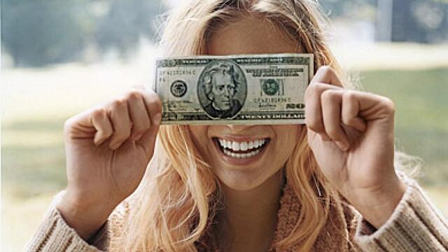 Четыре знака зодиака, которым опасно носить с собой деньги в сентябре