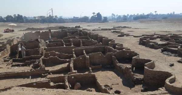 ВЕгипте нашли потерянный тритысячи летназад «золотой город»