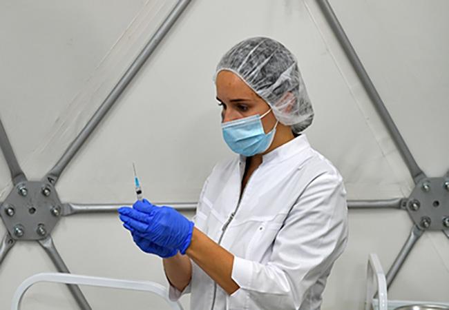 Инфекционист оценил статью ученых обесполезности повторной вакцинации