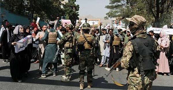Ликвидация боевиков ИГуроссийского посольства вКабуле попала навидео