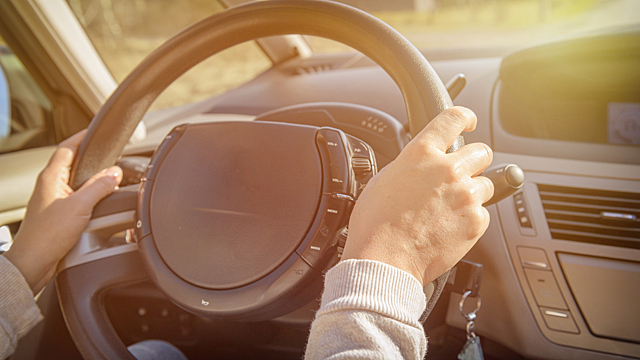 В какие дни стоит быть осторожнее на дороге