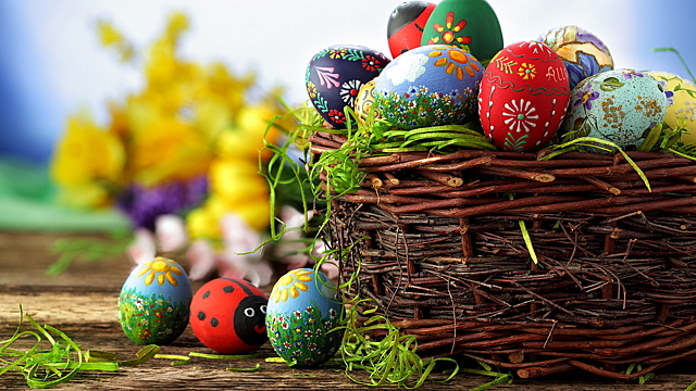 Как использовать скорлупу от освященных яиц