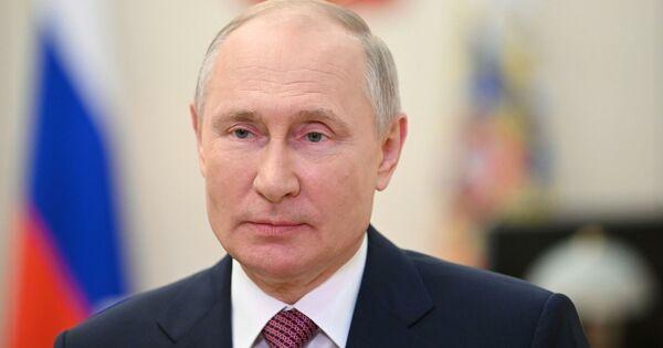 Путин уволил заместителя Шойгу