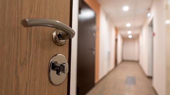 Россиян предостерегли от покупки квартир у невменяемых