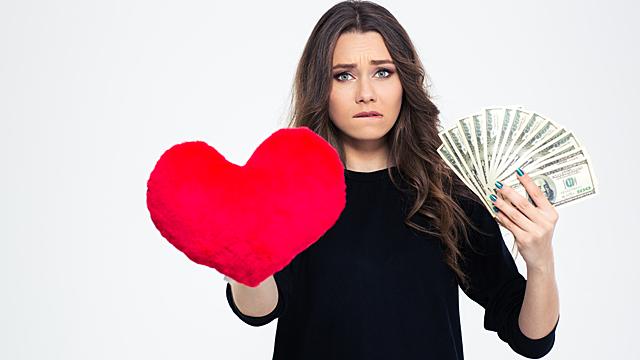 Чувства или деньги — любовный гороскоп на 14 марта