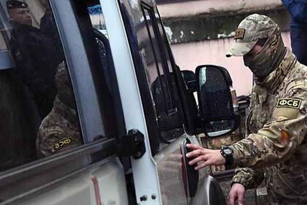 ФСБ задержала взяточников навагоностроительном заводе «Роскосмоса»