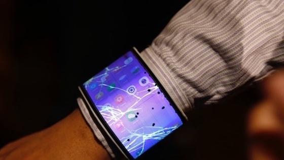 Apple изобрела «умные» часы с гибким дисплеем