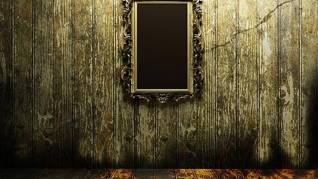 Почему нельзя долго стоять перед зеркалом