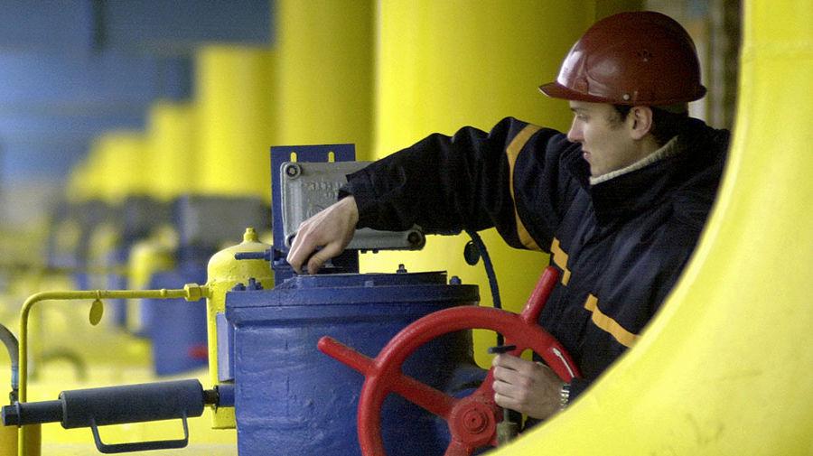 Защита интересов: зачем Украина покупает дорогой газ