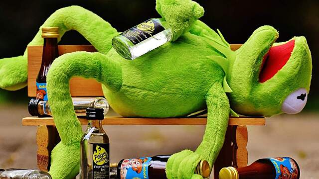 Топ-5 алкоголиков по знаку зодиака