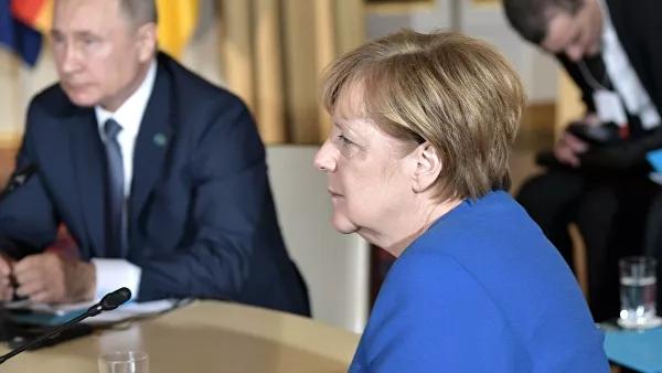 Кремль раскрыл детали телефонного разговора Путина иМеркель