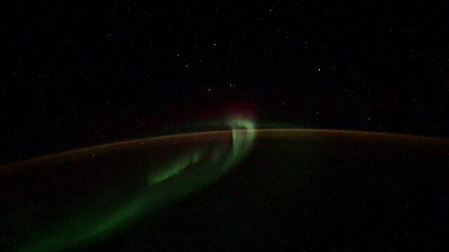 Ученый прокомментировал видео с НЛО, снятое с МКС