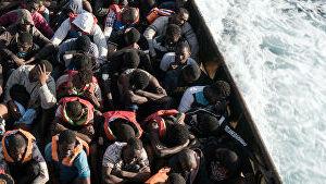 Более 400 человек спасли в Средиземном море