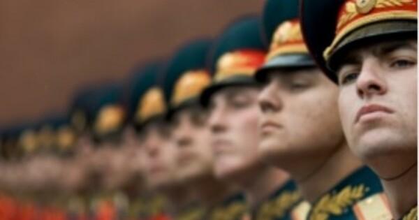 Социологи изСШАперепутали российских ифранцузских военных