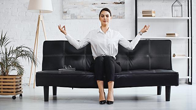 Добиваться своего или расслабиться — финансовый гороскоп на 12 апреля