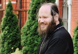 Священник обратился к людям, которые верят в порчу и приметы