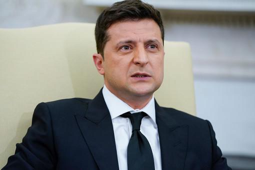 НаУкраине заявили, что Зеленский представил вСША план поразграблению своей страны