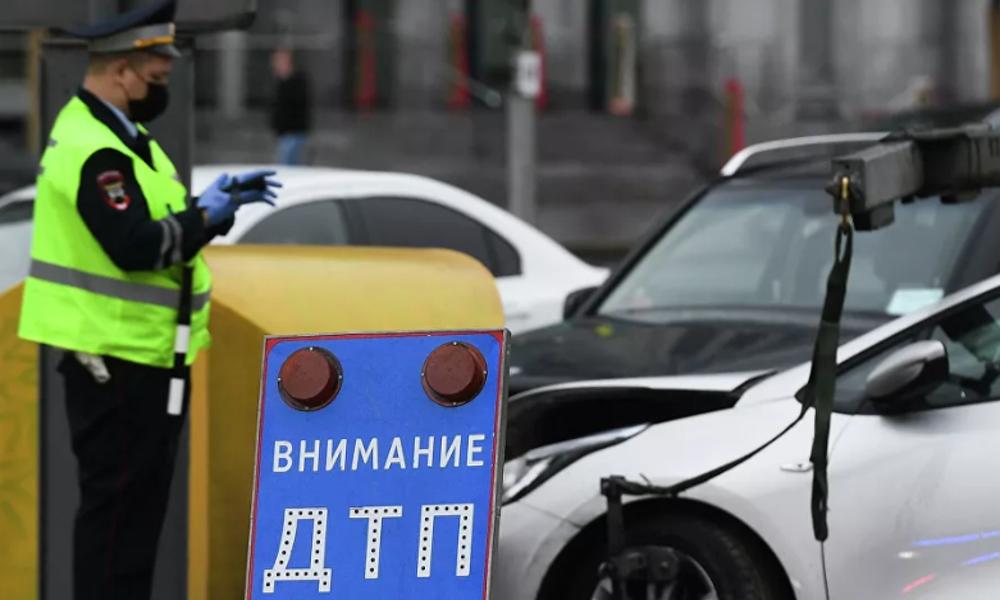 Пять человек пострадали ваварии стакси вМоскве