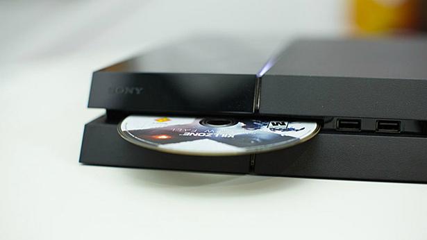 Эксперимент показал, что использовать диски для PS5 с PS4 не получится