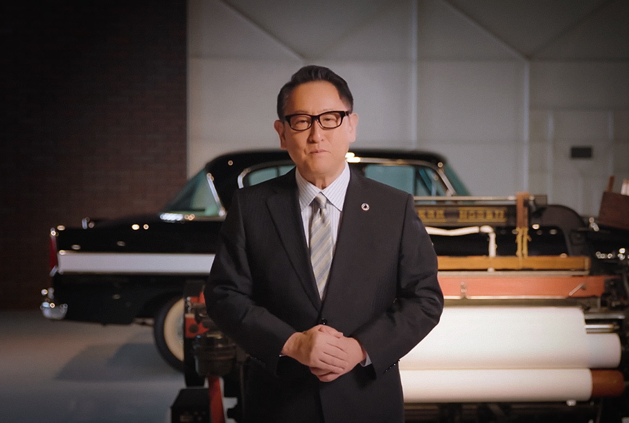 Глава Toyota посоветовал Apple приготовиться к трудностям автомобильного бизнеса