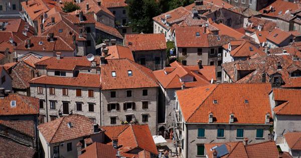 Повсей Черногории прошли акции протеста из-зазакона огражданстве