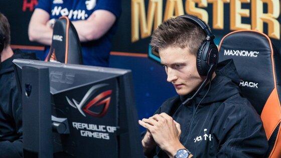 Valde предложил ослабить Deagle и усилить Famas в CS:GO