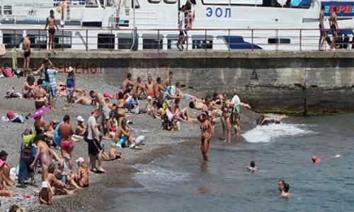 «Нет воды и ужасный сервис»: российские туристы об отдыхе на Черном море
