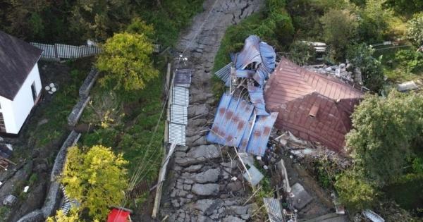 Оползень разрушил дома подСочи
