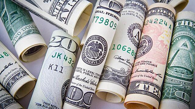 «Дадут денег»: какие 3 знака зодиака накроет золотой дождь в ближайшие дни