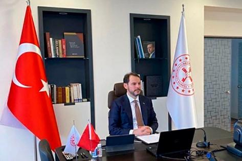 Министр финансов Турции изять Эрдогана уволился после рекордного падения лиры