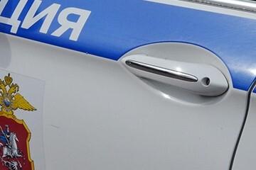 Курьера в Москве ограбили с помощью отвертки